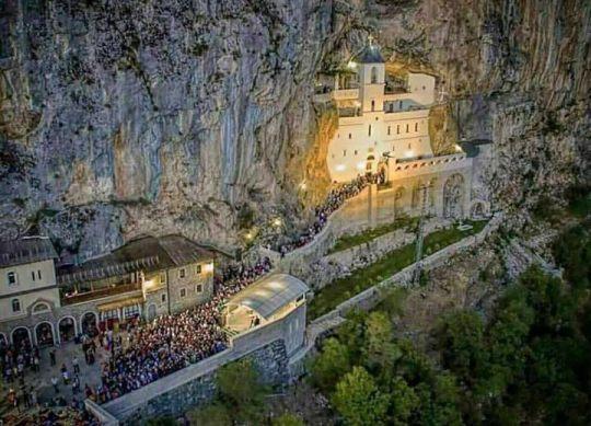 manastir-ostrog-crna-gora